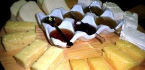 Photo marmellate e formaggi